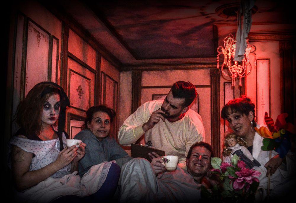 à-double-tour-les-nuits-d-asile-alice-photo-équipe-les-captives